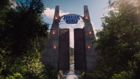 "Stasera in tv su Canale 5: ""Jurassic World"" con Chris Pratt e Bryce … – Cineblog.it (Blog)"