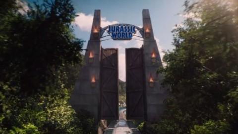 "Stasera in tv su Canale 5: ""Jurassic World"" con Chris Pratt e Bryce … – Cineblog.it (Blog)"