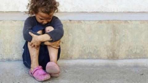 """Dati povertà bambini: """"200 mila animali domestici vivono meglio"""" – Meteo Web"""