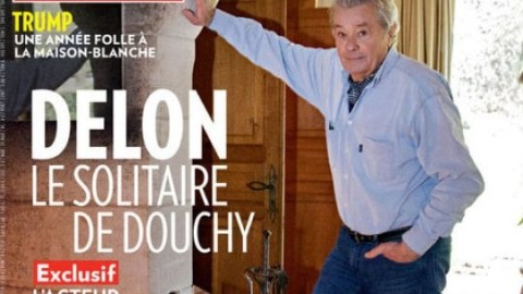 """Le ultime volontà di Alain Delon: """"Voglio che il mio cane muoia con … – RADIO DEEJAY"""